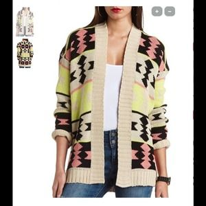 TRENDING TRIBAL SWEATER❤️