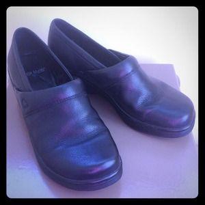Shoes - Nurse mates slip ons