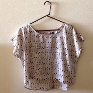 H&M Tops - H&M Printed Graphic Pins Blouse Top Tee
