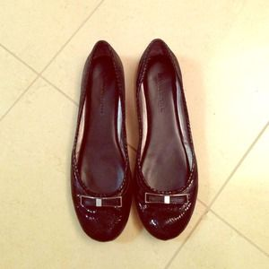 Banana Republic black Flats size 7