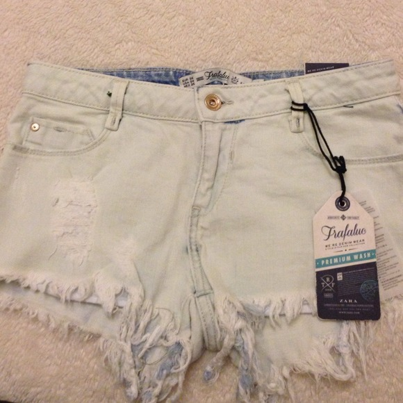 Zara Denim - Light blue shorts