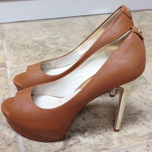️⬇️REDUCED⬇️ MICHAEL Michael Kors Josie Pump