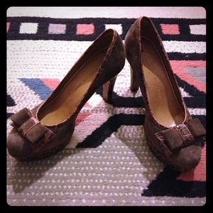 Anthropologie Shoes - Anthropologie Schuler & Sons Brown Bow Heels