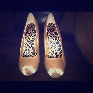 shoedazzle Shoes - Gold Studded Heels