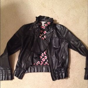 Diane vonFurstenburg 100% leather coatreduced