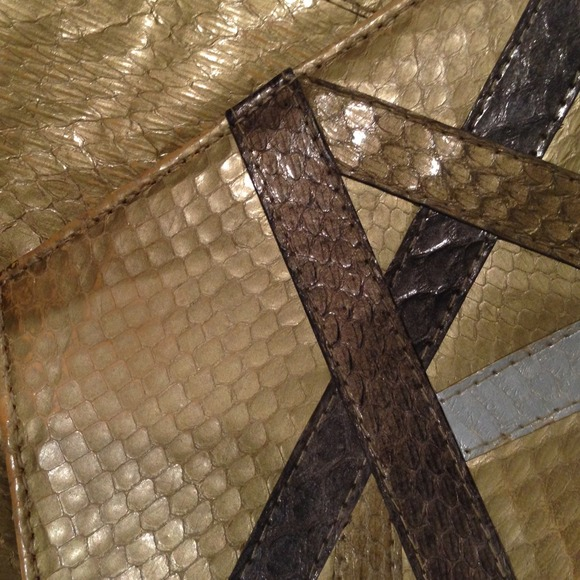 vintage Bags - Vintage gold/mixed metal snakeskin clutch