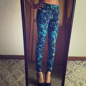 Pants - 🎉HOST PICK 3/2 🎉💋Blue Splattered Print Pants