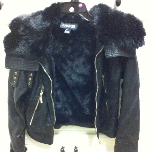 Forever 21 - 🔴SOLD Forever 21 Faux Fur Lined Bomber Jacket! from ...
