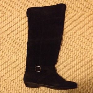 NWT, Chinese Laundry tall black suede boots!