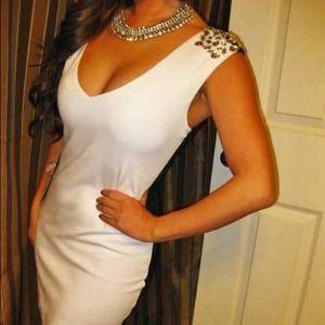 New sexy embellish shiny white & black dress💜💜💜