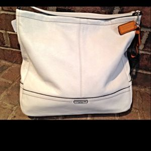 Authentic Coach Winter White Leather Hobo Bag