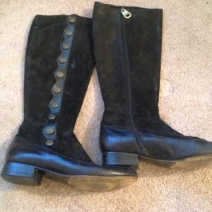 Marc by Marc Jacobs Boots - Marc by Marc Jacobs suede anchor button boots 38