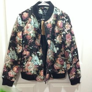 Outerwear - Floral jacket