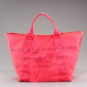 Marc by Marc Jacobs Handbags - 🌹Marc by Marc Jacobs Tote