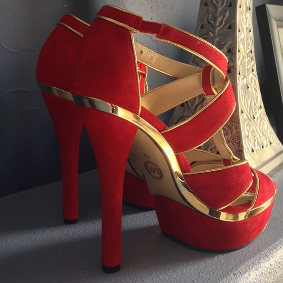 Michael Kors Shoes - 💕reduced💕Michael Kors Red/Gold Sandals 3