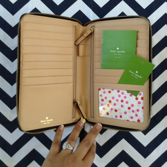 44 Off Kate Spade Clutches Amp Wallets Clearance ϸ�kate