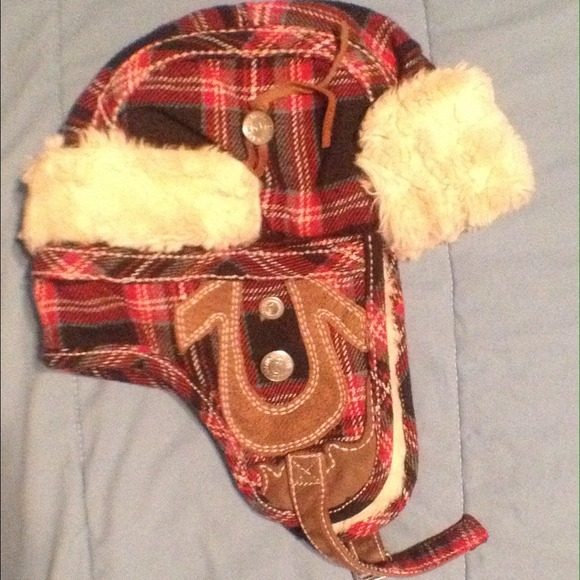 True religion winter hat. M 527da2f920b85f130c026944 6a484e39b6d