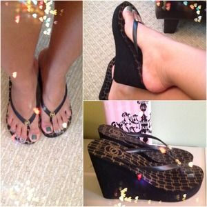 bebe Black Wedge Thong Sandals