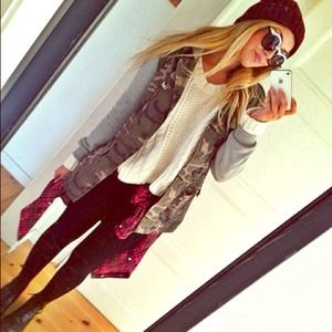 Trendy Army Jacket with Grey Sleeve Sweater Small