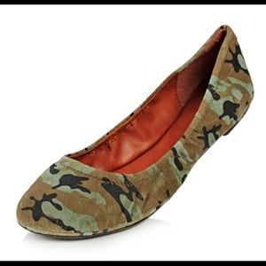 Lucky Brand Shoes - Lucky Brand Camo Flats