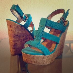 rue21 Shoes - 🎉HP🎉 Blue wedge
