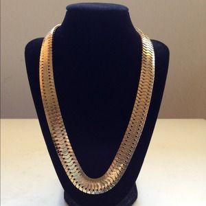 Jewelry - Gold Chain Link Simple Necklace