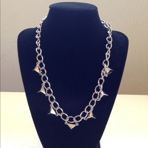 Jewelry - Silver Pyramid Stud Chain Necklace