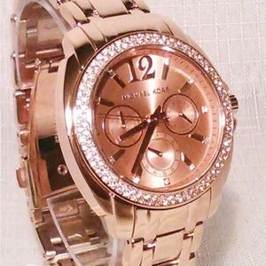 Michael Kors Rose Gold BRAND NEW WITH TAGS