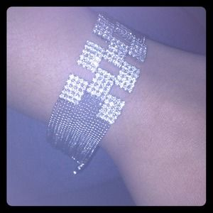 Diamond  bracelet (not real diamond)