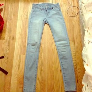Light wash BLANK skinnies