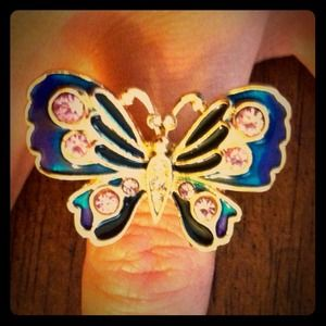Pretty Betsey Johnson Butterfly ring