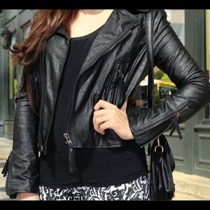 Jackets & Blazers - Black zippered leather jacket