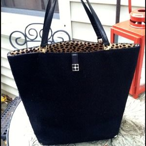 kate spade Handbags - Authentic Kate Spade leopard & black bucket bag
