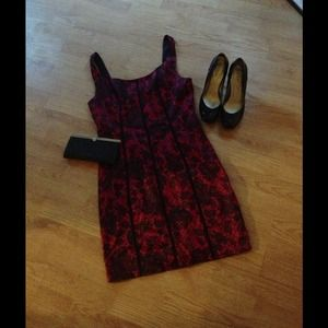 Red lace pattern Guess dress