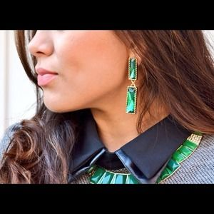 Jewelry - Baguette cut emerald earrings
