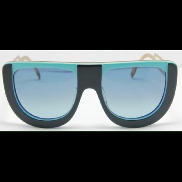 8b09d6ca4a24 FENDI Accessories - Authentic FENDI Havana Sunglasses