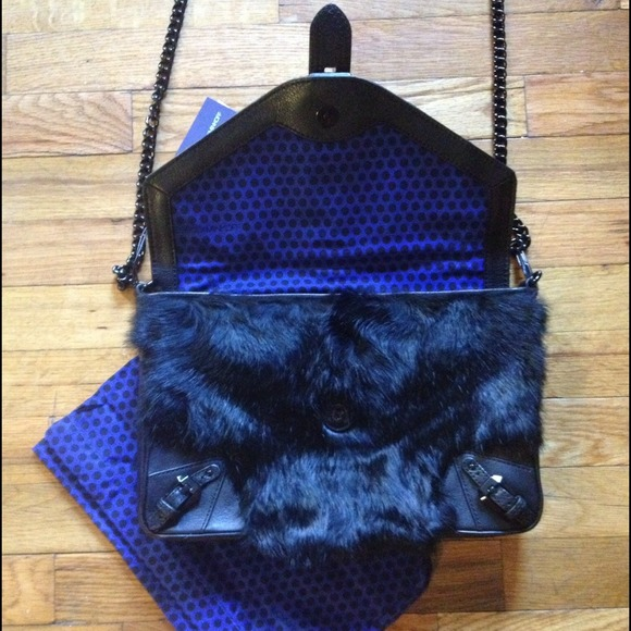 Rebecca Minkoff Handbags - 🎉8X HP🎉Rebecca Minkoff Black Fur Clutch Purse 4
