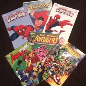 Accessories - Set of Spider-Man, Superman & Avengers comic books