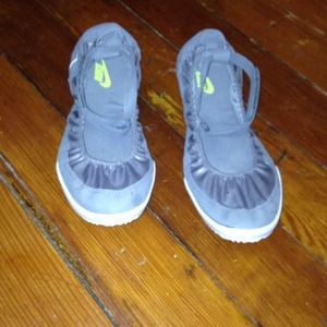Nike shoes/sneakers with ankle strap