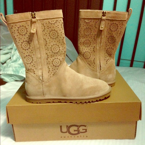 ugg perf