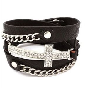 Jewelry - Cross bracelet