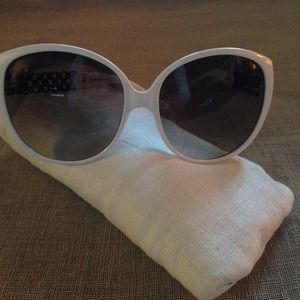 Missoni Accessories - { Missoni Sunglasses } NEW MI67504 White w/ pouch