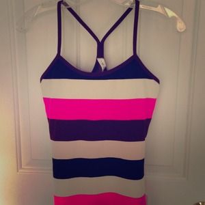 NWT size 6 lululemon power y tank