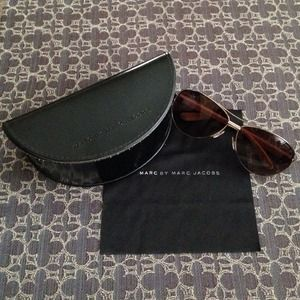 NO LONGER AVAILABLEMarc Jacobs Sunglasses