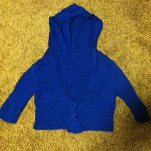 Blue half sleeve and half body cardigan 