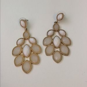 Jewelry - Beautiful chandelier earrings.