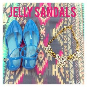 Turquoise Jelly Sandals!