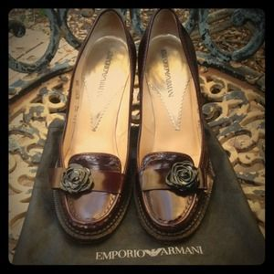 HPAuth Armani Scalloped Rosette Wine Loafers