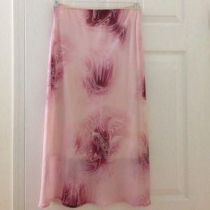 Dresses & Skirts - Pink skirt