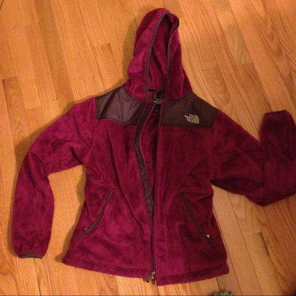 c652f1787eb1 Fuzzy fleece North Face. WOMENS  OSO HOODIE. M 528995506056d55af307e02f